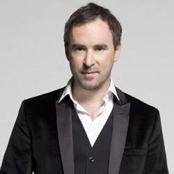 Ca sĩ Damien Leith