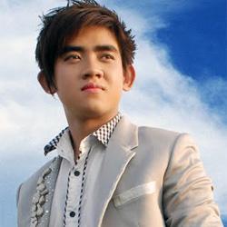 Ca sĩ Đinh Kiến Phong