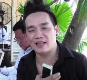 Ca sĩ Dương Chấn Huy