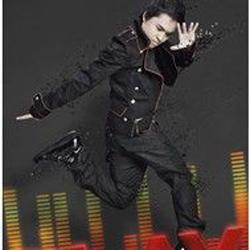Ca sĩ Hoài Anh Kiệt
