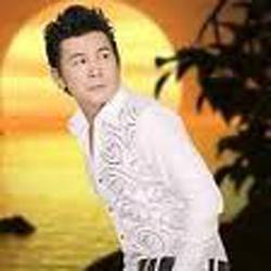 Ca sĩ Khang Lê