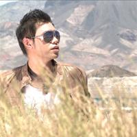 Ca sĩ Kinh Luân