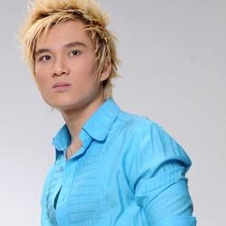 Ca sĩ Lâm Chấn Huy