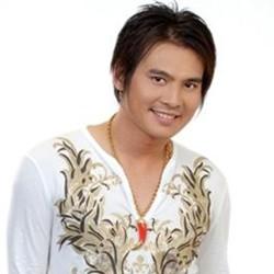Ca sĩ Lâm Hùng
