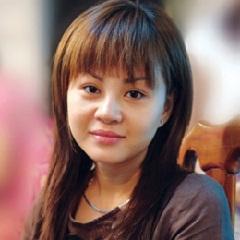 Ca sĩ Lê Giang