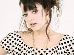 Ca sĩ Lily Allen