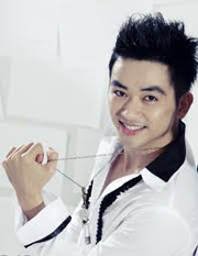 Ca sĩ Lưu Minh Tuấn