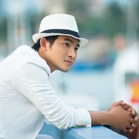 Ca sĩ Nguyễn Hồng Ân