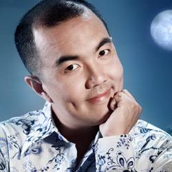 Ca sĩ Quốc Thuận