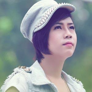 Ca sĩ Quỳnh Hiểu Băng