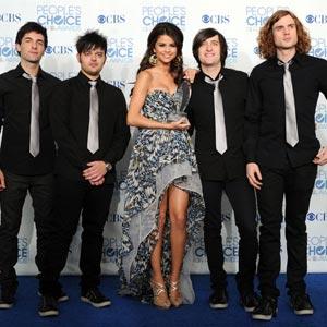 Selena Gomez,The Scene