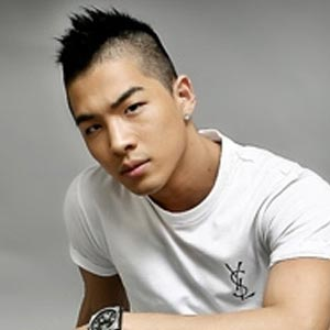 Ca sĩ Tae Yang