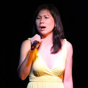 Ca sĩ Thu Hà