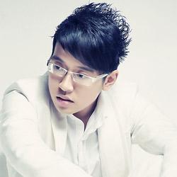 Ca sĩ Triệu Lộc
