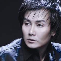 Ca sĩ Tuấn Phương