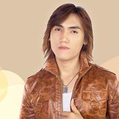 Ca sĩ Tuấn Quỳnh