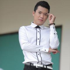 Ca sĩ Viết Trung